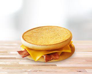 McToast™ ar <br>bekonu un sieru